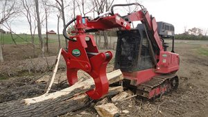 Fecon Log Jaw Wood Splitter