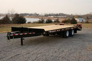 TowMaster T-20 Deck-Over Trailer