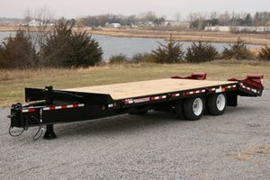 TowMaster T-40LP Deck-Over Trailer