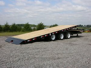 TowMaster T-50T Deck-Over Tilt Trailer