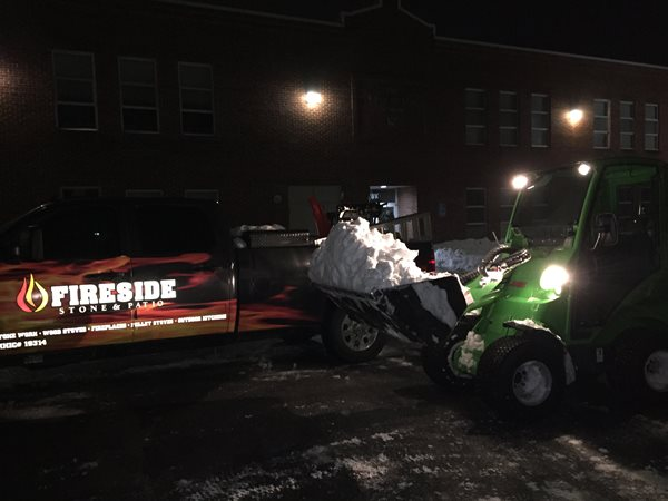 Amazing Machine tackles Snowmageddon 2016